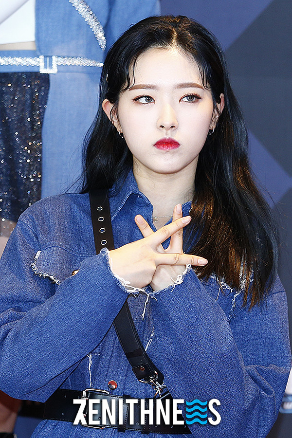 ▲ 이달의 소녀 '예쁜 애 옆에 예쁜 애!' (사진=문찬희 기자)